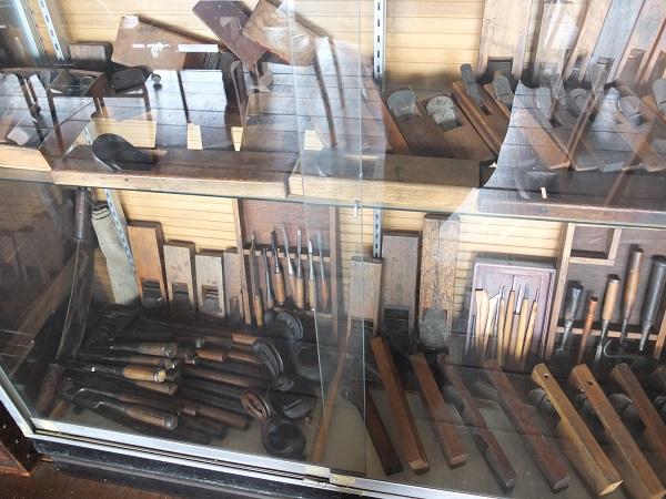 歴代の工具も飾られていました。